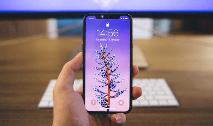 How to change the wallpaper oniPhone